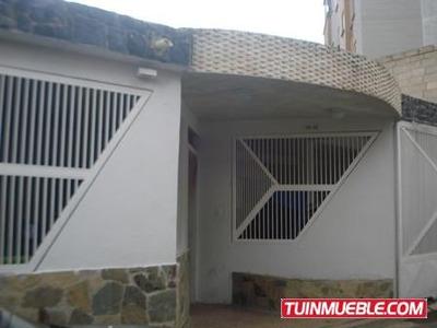 Giuseppe Vende Casa En La Esmeralda Q774