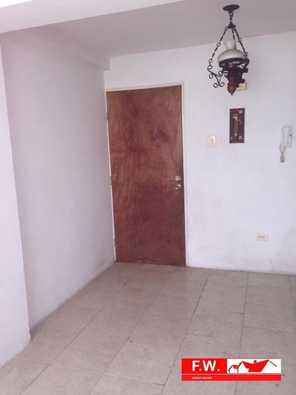 Se Vende Apartamento En Carvajal - La Horqueta