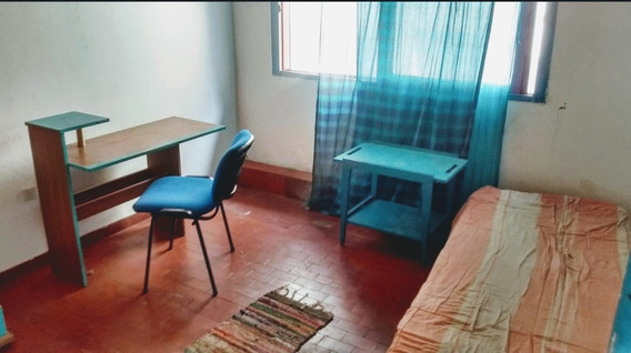 Habitación Individual En Depto Comp/hombre Joven