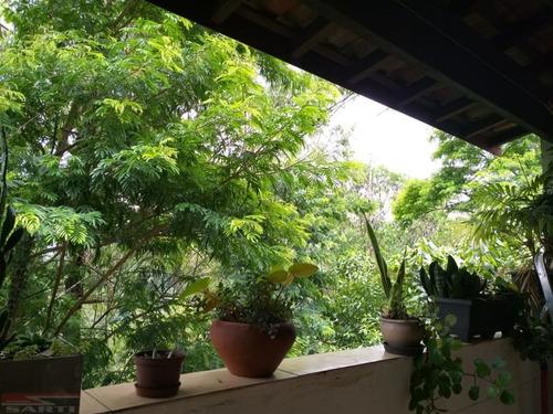 Imagem 1 de 15 de Casa Espaçosa, Em Meio A Natureza.  Confira! - St13564