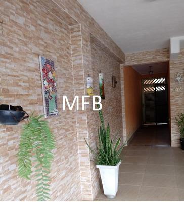 Casa De 3 Quartos E Edicula Em São Vicente