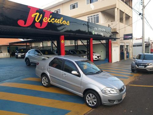 Imagem 1 de 10 de Fiat Siena 2013 1.4 El Flex 4p