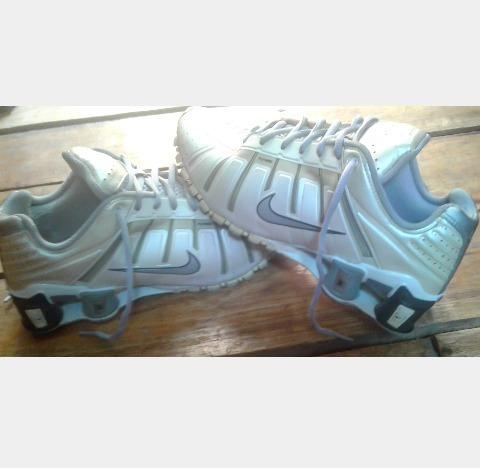 Tênis Nike Shox O
