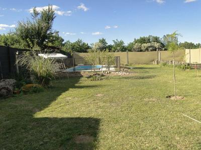 Casa Para 7 Personas, Con Jardin Y Piscina