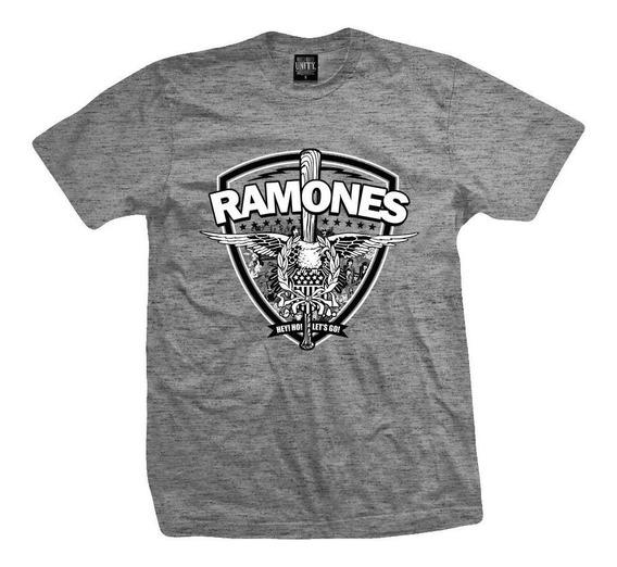 Remera Ramones Commando