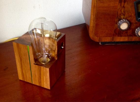 Abajur, Luminária De Mesa Lâmpada Filamento Carbono E Bronze