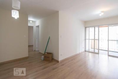 Apartamento No 10º Andar Com 2 Dormitórios E 1 Garagem - Id: 892935611 - 235611