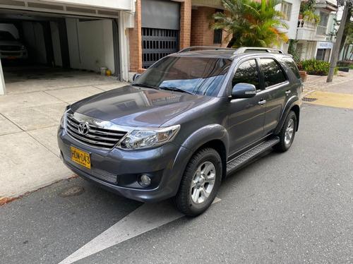 Toyota Fortuner 2.7l 4x4