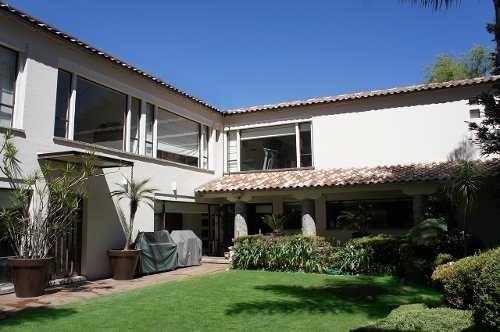 Casa En Venta, Cercana Santa Fe, Del Arq. Humberto Artigas