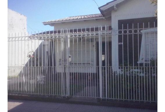 Ramos Mejia Sur.zona Ateneo Don Bosco.chalet S/lote 360m2.su