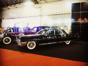 Cadillac Fleetwood De Luxo