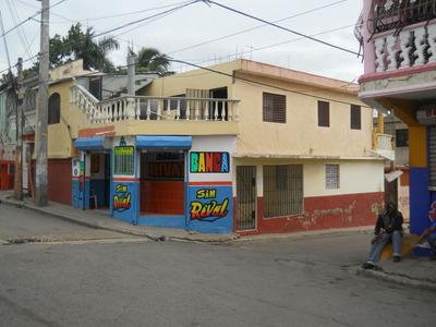 Se Vende Casa De Dos Viviendas Y Banca En Los Alcarrizos