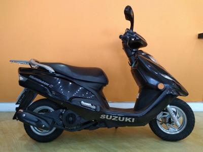 Suzuki Burgman 125 I 2014 Preta