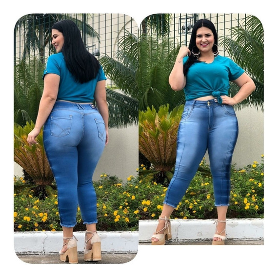 Calça Capri Jeans Plus Size Com Elastano E De Cintura Alta