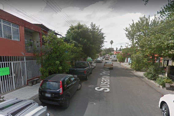 Aprovecha Casa Ubicada En Susana Ortiz Silva, Guadalajara