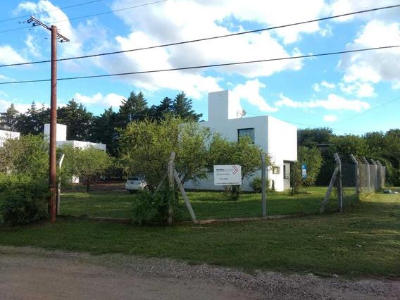 Duplex En Housing En Venta, La Carolina, Zona Norte