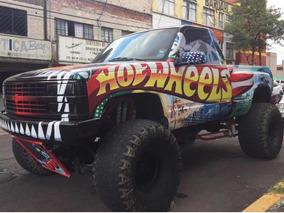 Chevrolet Sierra Monster Truck