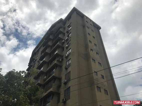 Apartamentos En Venta Mls #18-12360. R