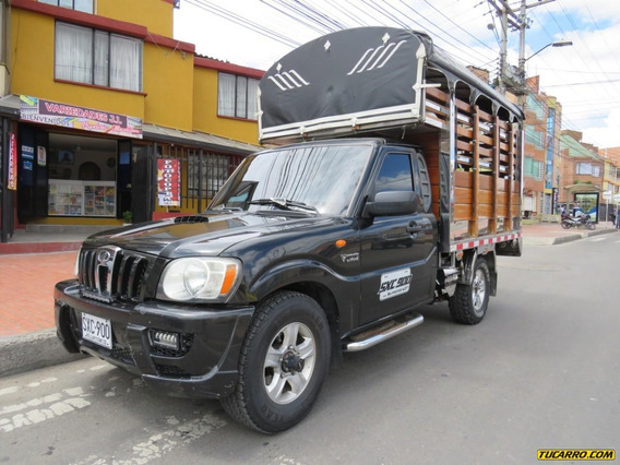 Mahindra Pick Up Mt 2200cc 4x4 Estacas