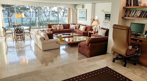 Apartamento En Primera Linea - Consulte!!!!!!- Ref: 2441