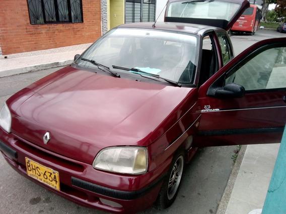 Renault Clio En Perfecto Estado.