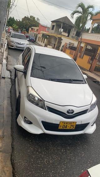 Toyota Yaris Varios Disponibles Con Inicial De 120,000