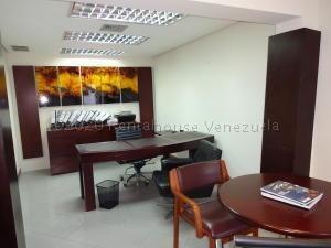 Alquiler Oficina En La Castellana/ Código 21-1923/ Arleny L