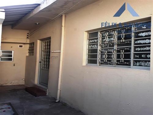 Imagem 1 de 7 de Casa Fundos - 02 Comodos - 802