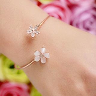 Linda Pulseira Bracelete Dourada Flores Madreperola Strass
