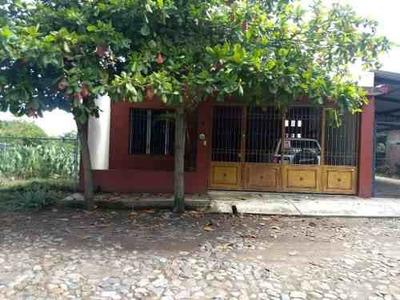 Casa En Venta En Comala, Colima