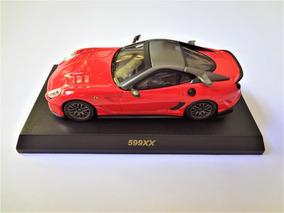 Ferrari 599xx Vermelha 1/64 Kyosho
