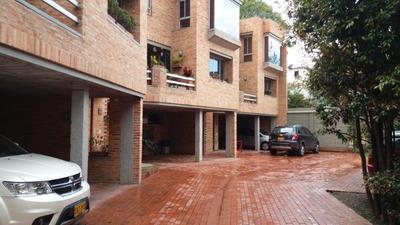 Casa En Arriendo En Santa Ana Occidental, Bogotá.