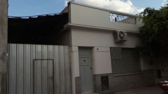 Lamadrid 449 - Avellaneda - 2 Departamentos Y Un Galpon