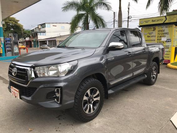 Toyota Hilux Srv 2.800 Diésel A/t 2017 2017