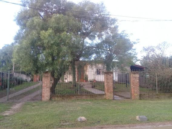 Casa Excelente Ubicación E Iluminación Natural, El Pinar!!!