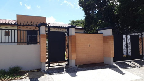 Casa Com 3 Dormitórios À Venda, 240 M² Por R$ 1.450.000,00 - Portal Dos Nobres - Americana/sp - Ca0400