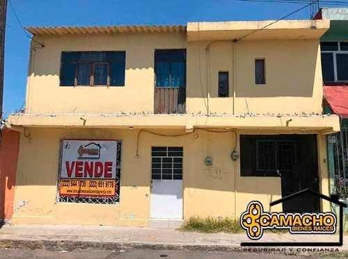 Casa Con Local En Venta En Av. Nacional Opc-0279