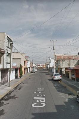 Calle Piña, Izcalli Cuauhtemoc, Metepec, Toluca.