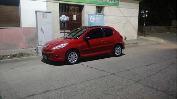 Peugeot 207 2011 1.6 Xt