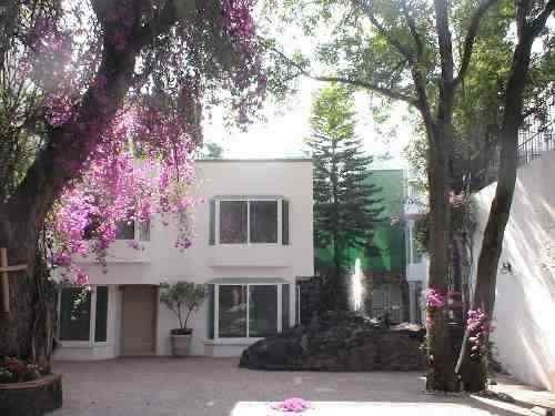 Exclusivo Condominio De Solo 7 Casas