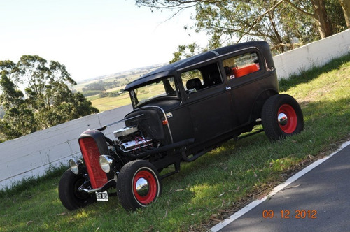 Ford A 1931 Old School