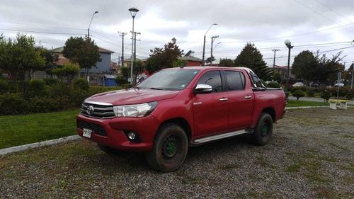 Toyota  Hilux 2.4 Mt Sr.