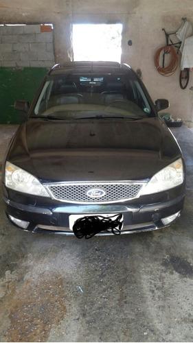 Ford Mondeo 2004 2.0 Ghia 4p