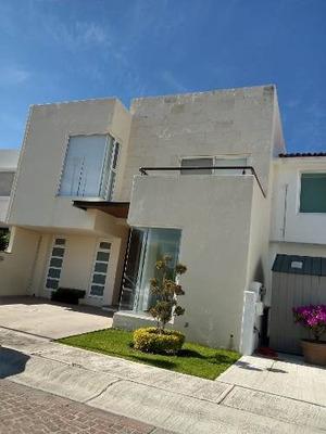Renta De Casa En Juriquilla, Cumbres Del Lago