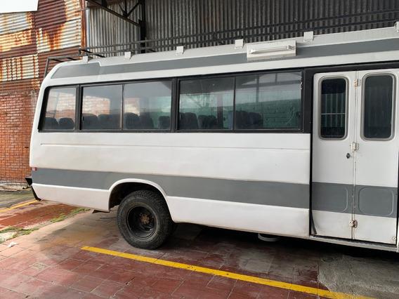 Microbus Isuzu De 30 Pasajeros