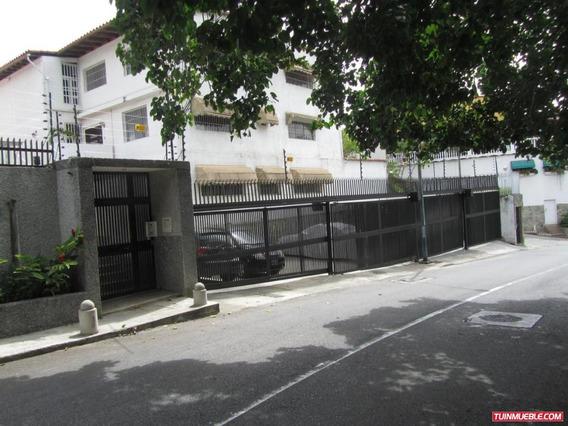 Casa En Venta En Colinas De Bello Monte Mv #19-14447