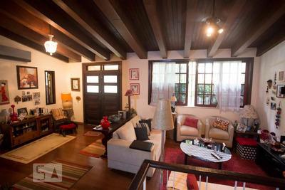 Casa Mobiliada Com 3 Dormitórios E 3 Garagens - Id: 892868857 - 168857