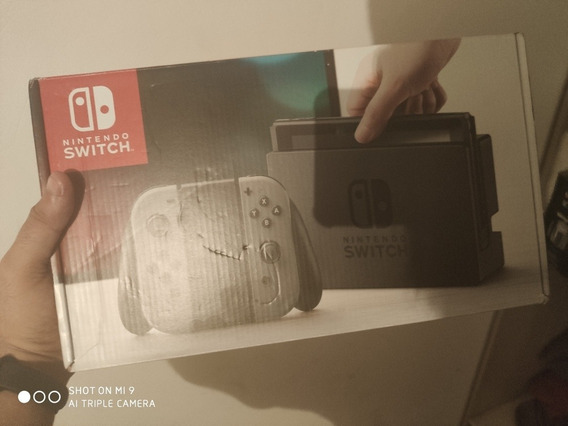 Nintendo Switch Mais 2 Games Originais (pokémon Eevee E Mar)