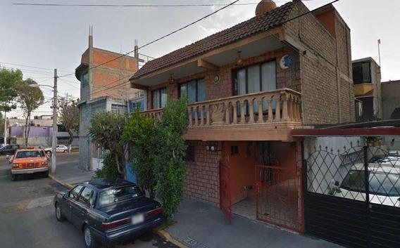 Lz Oportunidad De Inversion! Remate Hipotecario Casa En Tlalnepantla
