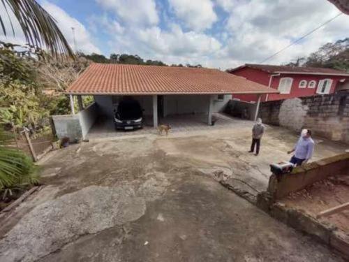 Chácara No Litoral Com 4 Dormitórios Em Embu-guaçu/sp 7083-p